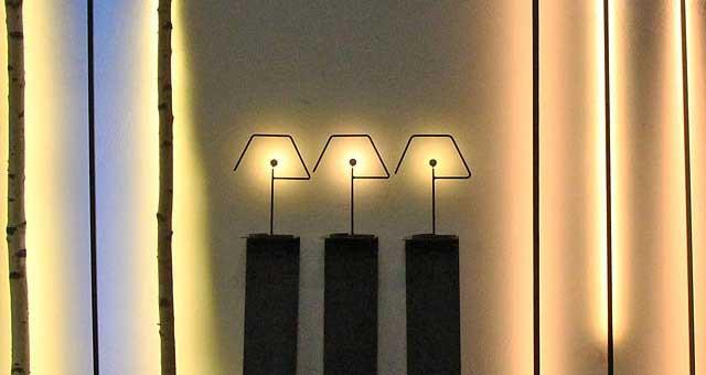 Lichtstäbe auf den Kölner Passagen